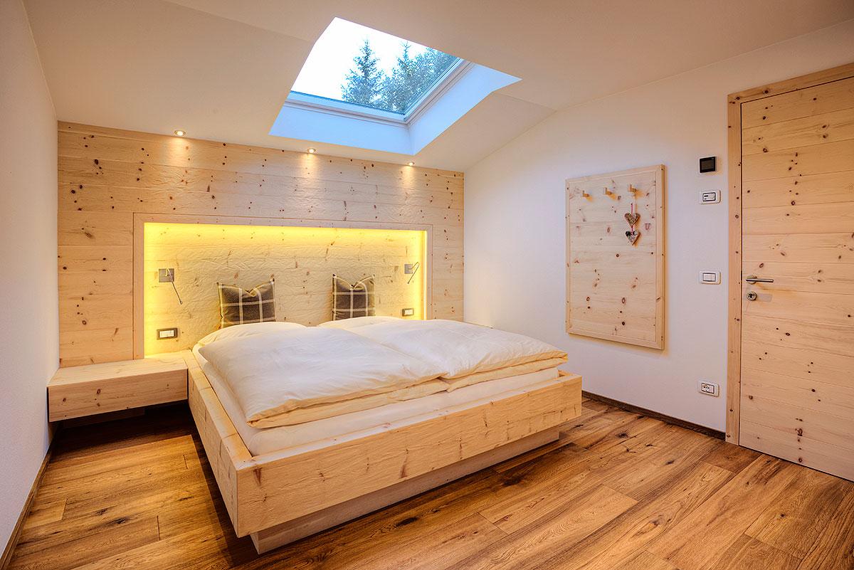 Vacanze a ortisei val gardena appartamento in alto adige for Camere da letto hotel moderni